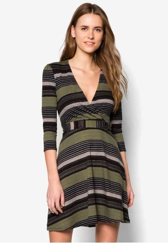 條紋裹飾連身裙, 服飾, zalora 心得短洋裝