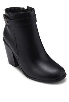 Justice 高跟短靴