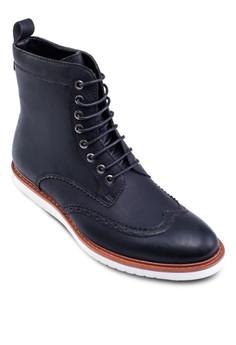 雕花低筒布魯克皮靴