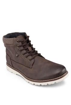 防滑登山靴