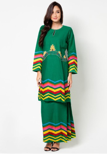 Gaira Baju Kurung from Jennifer Creations in Green