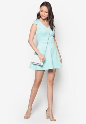 素色蓋袖zalora taiwan 時尚購物網傘狀洋裝, 服飾, 夏日洋裝