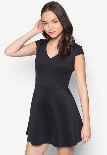 素色蓋袖傘狀洋裝, 服zalora鞋飾, 短洋裝
