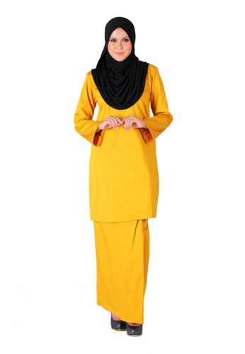 Tihani Plain Kurung in Mustard Color from Syus Couture in Yellow