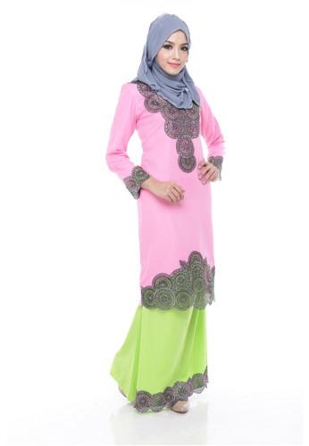 Adira Block Kurung Modern Pink from Maribeli Butik in Pink and Green and Silver