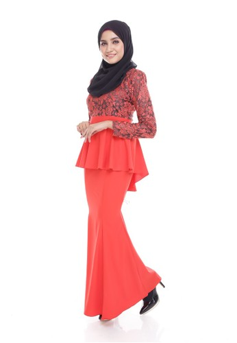 Seri Maharani Kurung Modern Peplum – Red from Seri Maharani in Red