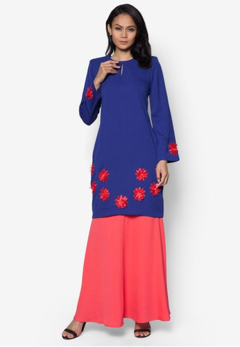 Baju Kurung Modern from Gene Martino in Red and Blue