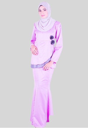 Ammara Rose Baju Kurung Moden from wandaraffa in Purple