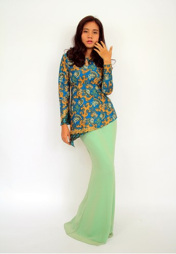 Dewi Batik Silk Modern Kurung EN-0040 – Blue from Efi Nofiani in Yellow and Green and Blue