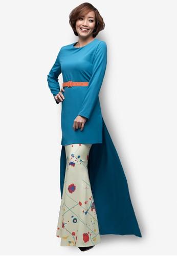 Emel x Serena C Tivela Modern Kurung from Emel by Melinda Looi in Green and Blue