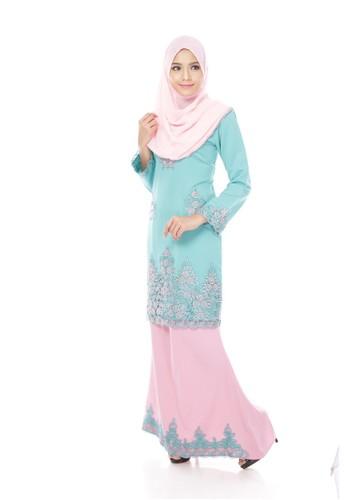 Maribeli Butik Jasmine Kurung -Green (Green TURQUOISE Pink) from Maribeli Butik in Pink and Green