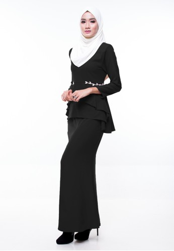 Ariel Mini Kurung from CIPTA in Black