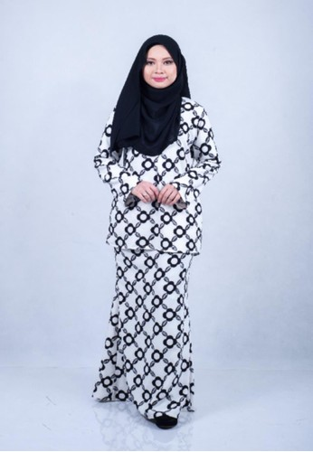 Aaisyah Printed Kurung Modern Premium from Adia Design in Black and White