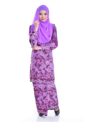 Kurung Modern Eizara (Dark Purple) from Nur Shila in Black and Purple