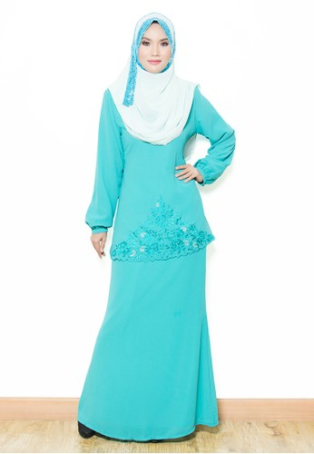 Sandra Kurung Moden-Green Turqoise from Yaty's in Green