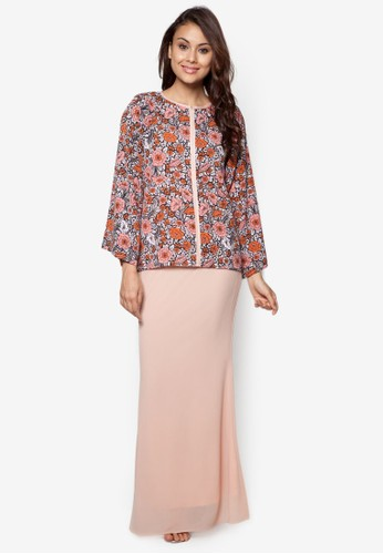 Hour By Flower Baju Kurung Moden from Zolace in Pink and Orange