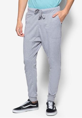 Base Flynzalora 心得n 束口休閒長褲, 服飾, 長褲