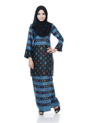 Kurung Modern Nazra(Black) from Nur Shila in Black and Multi
