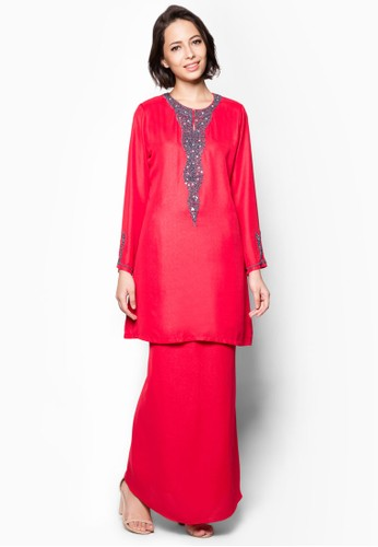 Embellished Baju Kurung from Aqeela Muslimah Wear in Red