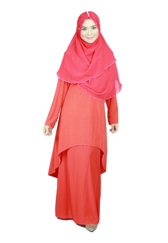 Aleyka Baju Kurung Red from anisse in Red