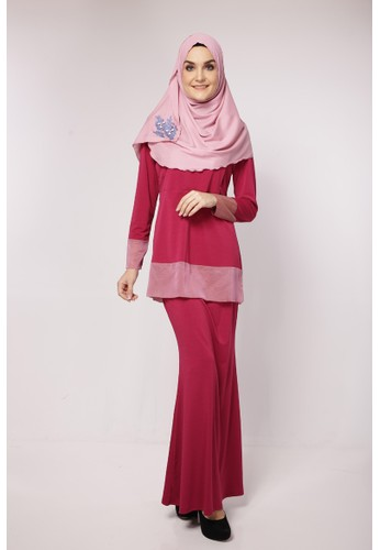 Ascia Nursing Kurung from Calomera in Pink
