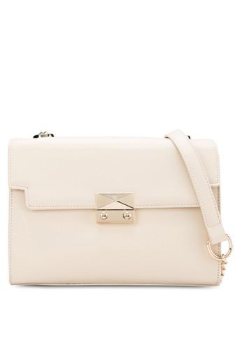 翻蓋磁扣側背包, 包, 飾品配zalora是哪裡的牌子件