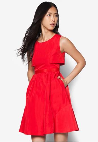 層次腰飾傘擺連身裙, 服飾,zalora 鞋評價 洋裝