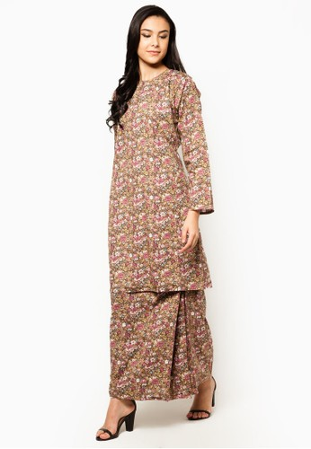 Eliza Baju Kurung from Jennifer Creations in Brown