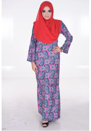 Elena Baju Kurung Pesak in Pink from Maribeli Butik in Pink and Blue
