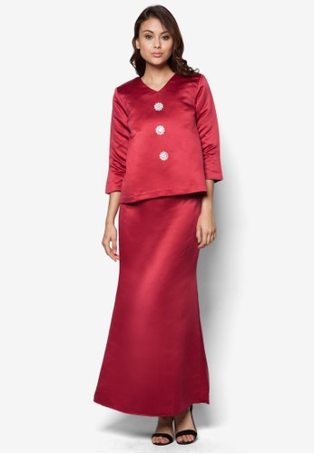 Dahliya Kurung from Niyazalikha in Red