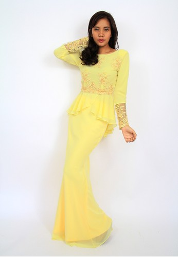 Mikhayla Signature Yellow Kurung Moden EN-0016 – Yellow from Efi Nofiani in Yellow