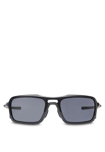 Active 粗框太陽眼鏡,zalora taiwan 時尚購物網鞋子 飾品配件, 飾品配件