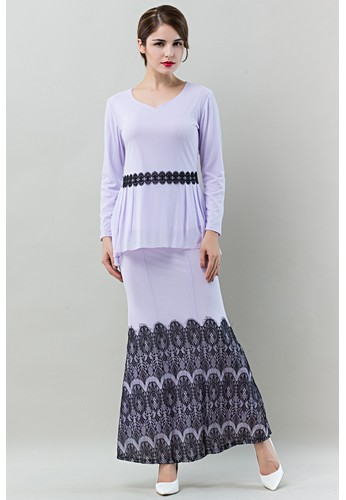 Romantic Eyelashes Lace Baju Kurung Moden from Era Maya in Black and Purple