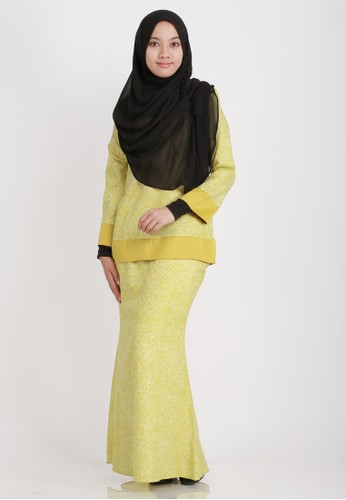Kurung Moden from Buddeey.co in Yellow and Green