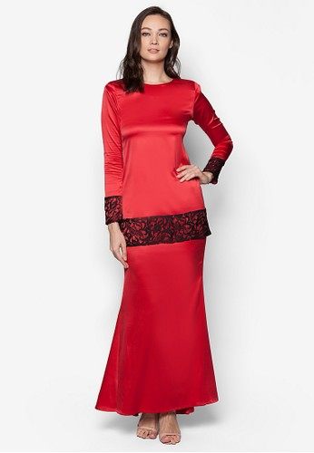 Sahara Kurung Modern from Izzabell Couture in Red