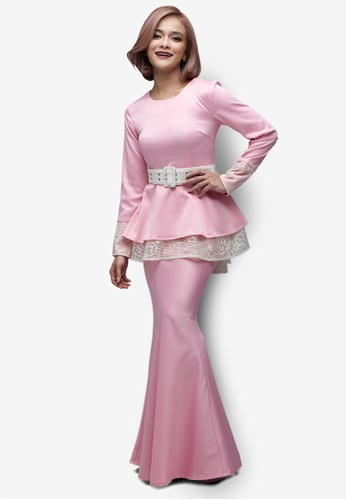 Emel x Sazzy Falak Royal Star Modern Peplum Kurung from Emel by Melinda Looi in Pink