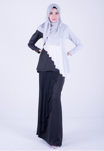 Exclusive Chantalily mini kurung from wandaraffa in Black