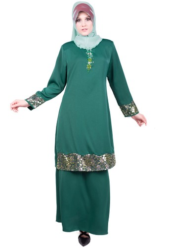 Baju Kurung With Bead And Lace from ESPRIMA in Green