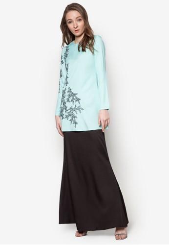 Nadhirah Modern Kurung from Soonaru Muslimah in Black and Blue
