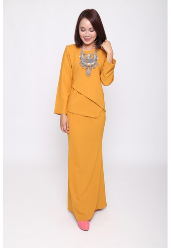 Castell Kurung from eighty one in Yellow